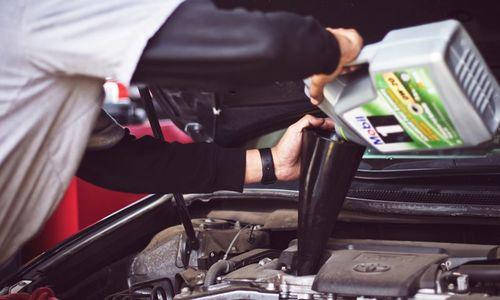 Karvel Automotive - Keep an eye on the fluids